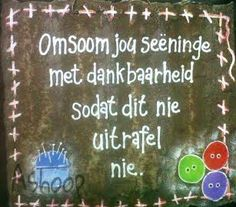 Seeninge Faith Quotes, Bible Quotes, Encouragement Quotes, Motivational Thoughts, Inspirational Quotes, Spirit Of Discernment, Afrikaanse Quotes, Prayer Verses, Prayer Box