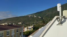 Instalación #WiFiCanarias #AirInternet en La Orotava #Tenerife… al fondo detalle de otra instalación satisfactoria ;)