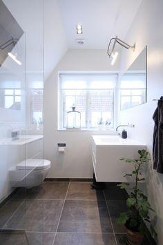 Billedresultat for små badeværelse inspiration - Kort Har Bathroom Interior Design, Interior Design Living Room, Bathroom Inspiration, Home Decor Inspiration, Modern Bathroom, Small Bathroom, Bathrooms, Sweet Home Design, Laundry In Bathroom
