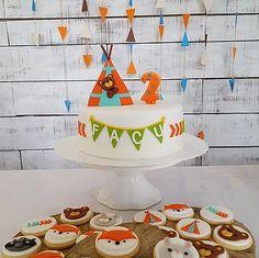 Woodland cake & cookies Woodland Cake, Cake Cookies, Desserts, Food, Tailgate Desserts, Deserts, Essen, Postres, Meals