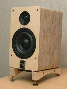 high end audio video equipment Pro Audio Speakers, Audiophile Speakers, Hifi Audio, Monitor Speakers, Diy Bookshelf Speakers, Wooden Speakers, Subwoofer Box Design, Speaker Box Design, Diy Amplifier
