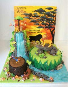 """Gateau le roi lion. The lion king cake. Cree par : """" Les gateaux d Ingrid """" ( facebook"""