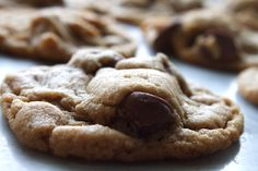 5 Ingredient Peanut Butter Chocolate Chip Cookies (no flour!)