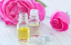 Moisturize Your Foxy Face – Find the carrier oil that is right for your skin typ… Castor Oil For Skin, Oils For Skin, Doterra, Essential Oil Blends, Essential Oils, Oil Cleansing Method, Acne Oil, Chamomile Essential Oil, Face Scrub Homemade