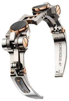 Fonderie 47: A bracelet thatTransforms into a pair of Cufflinks