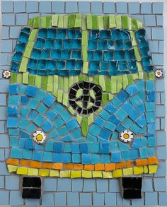 Love these colors mosaic 66 VW bus art Mosaic Diy, Mosaic Crafts, Mosaic Projects, Mosaic Glass, Mosaic Tiles, Stained Glass, Glass Art, Art Projects, Mosaic Mirrors
