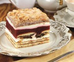 Ciasto z jabłkami i masą truskawkową _2014_12_18_1 004