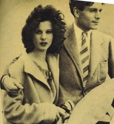 An absolutely stunning shot of a beautiful young couple, Vivien Leigh and Laurence Olivier.