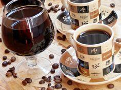 Lichior de cafea - CAIETUL CU RETETE Cocktails, Drinks, Jacque Pepin, Espresso, Tableware, Sweet, Kitchen, Food, Christmas
