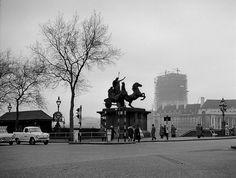 Thames Embankment, Statue of Boudicca, 1960