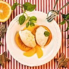 Vanille-Quark-Mousse auf Orangen und 87.000 weitere Rezepte entdecken auf DasKochrezept.de Camembert Cheese, Deserts, Dairy, Meat, Breakfast, Food, Cute Ideas, Food Portions, Cooking Recipes
