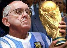 El cardenal Bergoglio gana la copa del mundo (crónica)