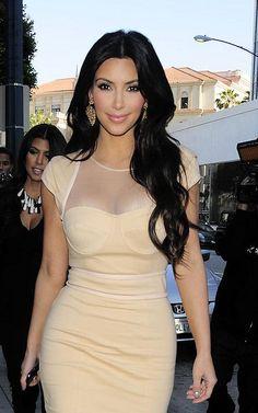 Kim Kardashian wearing Loren Jewels   Flickr - Photo Sharing!