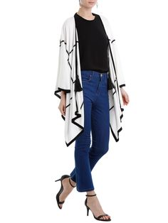 Calça Feminina Bell - Azul - Bo.Bô: As calças cropped são peças que deixam o visual poderoso e único. Turbine a produção com sandália, blusa básica e sobretudo, tanto para o ambiente de trabalho, como para saída a noite com as amigas.