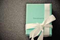 mylusciouslife.com - Tiffany blue box100.jpg
