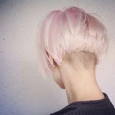 corte pelo corto Propuesta de Le Salon d'Apodaca #lesalondapodaca #peluqueria #malasaña #hairstyles #hair #haircut