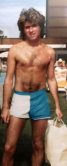 George Michael love to see you in beach Beautiful Voice, Most Beautiful Man, Andrew Ridgeley, George Michael Wham, Michael Love, Soul Singers, Record Producer, David Bowie, Pretty People