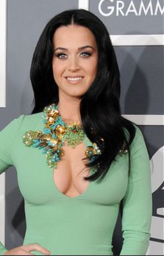 Get Katy Perry's Grammy Hairstyle with KMS California Organic Colour Systems, Kms California, Katy Perry Hot, Hair Color Formulas, Brunette Hair, Cut And Color, Hair Makeup, Hair Beauty, Long Hair Styles