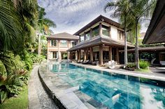 Inside the stunning property are cozy areas, a spacious garden, and pieces that speak of comfort and luxury Cebu, Willie Revillame, Garden Route, Celebrity Houses, Tropical Houses, Home And Garden, Garden Homes, The Good Place, Exterior