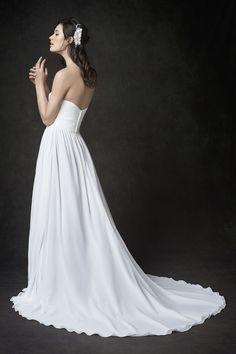 Gallery Style GA2285 | simple grecian-inspired chiffon gown with sweetheart neckline | romantic garden wedding | Kenneth Winston bridal dress