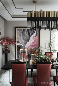 Guarantee you have access to the best lighting pieces for your dining room project - What kind of lamp do you need? Chandelier? Penadant Lamps? Wall lamp or sonce? Find them all at luxxu.net