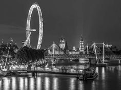 Night shot of river thames with London Eye, London, UK
