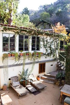 L.A. backyard / free people