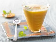Sanddorn-Sauerkraut-Mix - mit Zitronenmelisse - smarter - Kalorien: 51 Kcal - Zeit: 5 Min. | eatsmarter.de Sanddorn und Sauerkraut - klingt ungewöhnlich, ist aber sehr lecker!