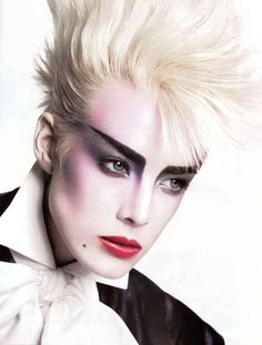 Agyness Deyn for French Vogue. 80's Style 'New Romantic' Makeup and Hair.