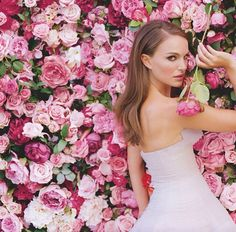 Miss Dior - Flowers Wall