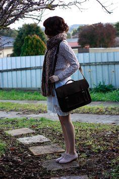 bob, hair, style, satchel, scarf, chunky knit, winter, autumn, fashion