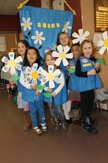 Poletti Family Blog: Daisy Troop 20455 Investiture Ceremony- love the flag ceremony, the banner in the backdrop, and the invitations (great ideas for first couple meetings!)