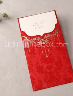 beautiful red wedding invitations! Love this one