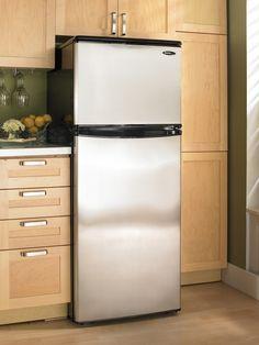 Mid-size refrigerators by Danby Appliance #mydanby #fridge #apartment #kitchen #cooking #decor