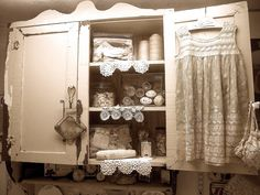 Cottage Home: Laundry Room