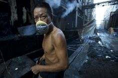 Industrial pollution: Factory Worker in Xintang, Zengcheng, Guangdong, China Textiles, China, Jeans Petite, Denim Company, Trendy Jeans, Water Pollution, Zara, World Press, Nature Photography