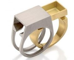 Antonio Bernardo : Hidden compartment in sliding ring | Sumally