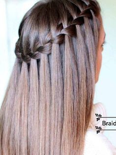 Are you looking for a simple tutorial that can teach you how to do a waterfall braid? Our detailed tutorial is just for you! Master this style fast! wasserfall Learn How to Do a Waterfall Braid Short Hair Styles Easy, Medium Hair Styles, Curly Hair Styles, Medium Curly, Hair Medium, Easy Hairstyles For Medium Hair, Braided Hairstyles, Wedding Hairstyles, Daily Hairstyles