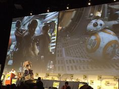Big applause for background shots of #BB8 & Chewie #StarWars #TheForceAwakens #SDCC