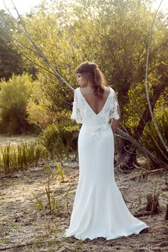 More beautiful gowns from Lara Hannah's 2014 Magic Circle bridal collection. Above and below, Priestess inspired silk crepe wedding dress with Crepe Wedding Dress, Wedding Dress Backs, Wedding Wear, Bridal Gowns, Wedding Gowns, Dress Ideas, Outfit Ideas, 20 Wedding Anniversary, Magic Circle