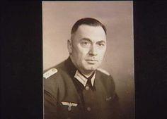 Mahler, Mads Nielsen. Hauptmann. Tysk kommandant i Kolding fra 1940 til dec. 1943. Forflyttet til Tyskland og senere til fronten i Frankrig