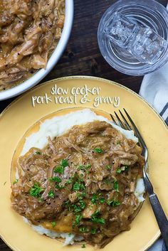 This crock pot pork roast is one of the easiest crock pot recipes ever! The gravy makes itself right in the slow cooker and you'll have juicy, flavorful pork and gravy to come home to! Big thanks to Smithfield for sponsoring this post. Healthy Crockpot Recipes, Easy Chicken Recipes, Pork Recipes, Slow Cooker Recipes, Healthy Dinner Recipes, Crockpot Meat, Game Recipes, Delicious Recipes, Slow Cooker Pork Roast