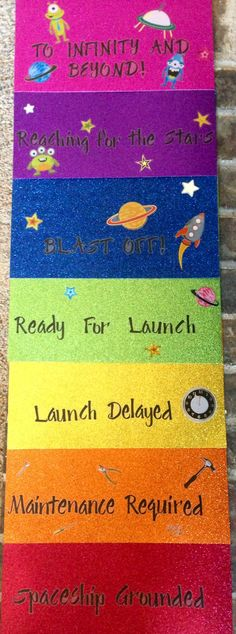 Space themed behavior chart! What a good alternative to the boring behavior chart EVERYONE uses.
