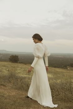 Photography Poses, Fashion Photography, Wedding Photography, Classy Aesthetic, Jolie Photo, Wedding Moments, Bridal Looks, Wedding Styles, Marie