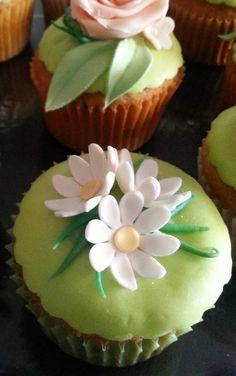 Cupcakes in fiore per la mia nonna | Passionedolce