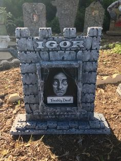 Love this Young Frankenstein Igor tombstone by Halloween Forum member Zita!