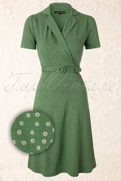 King Louie - Polo Cross Glimmer Dress in Green Source by dawn_vanniman Kleider 1940s Dresses, Vintage Dresses, Vintage Outfits, 40s Outfits, 1940s Fashion Dresses, Vintage Clothing 1940s, 40s Clothing, 1940s Fashion Women, Vintage Inspired Dresses