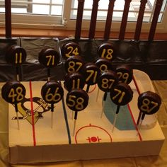 king dong hockey puck | Hockey Puck cake pops made of Ding Dongs. Let's Go Pen!!