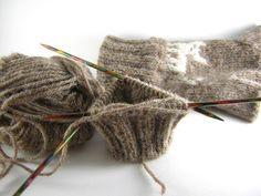 Knitting a second glove. #30daysofcreativity