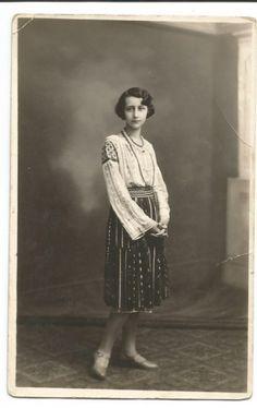 @ carte postala (foto)-GIURGIU-Costum popular anul 1929 foto mare